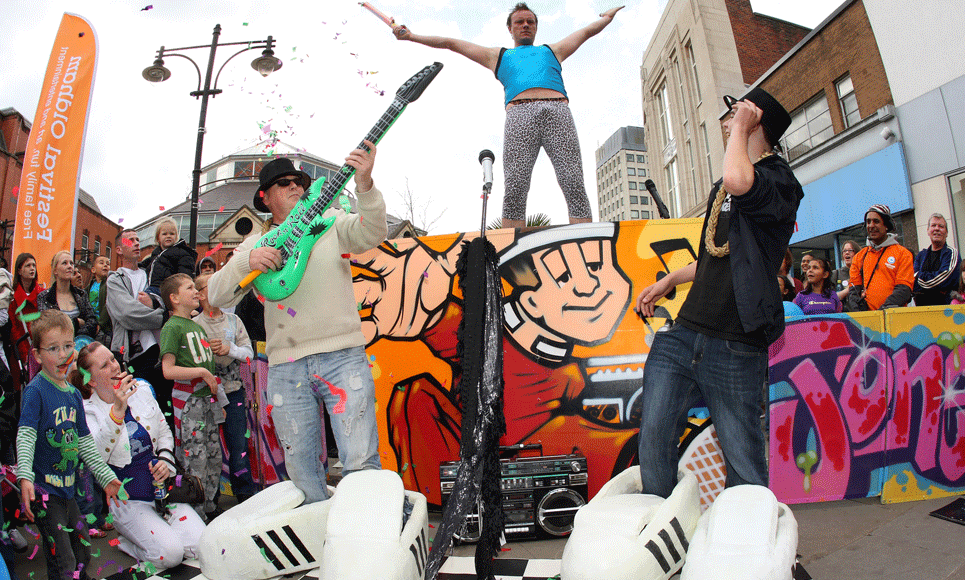 performers for street festivals and outdoor events